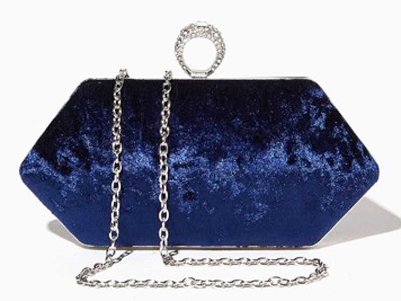 7e339fc97 حقيبة يدوية مخملية (كلتش) من تشارمينغ تشارلي في مراكز سيتي سنتر للتسوق