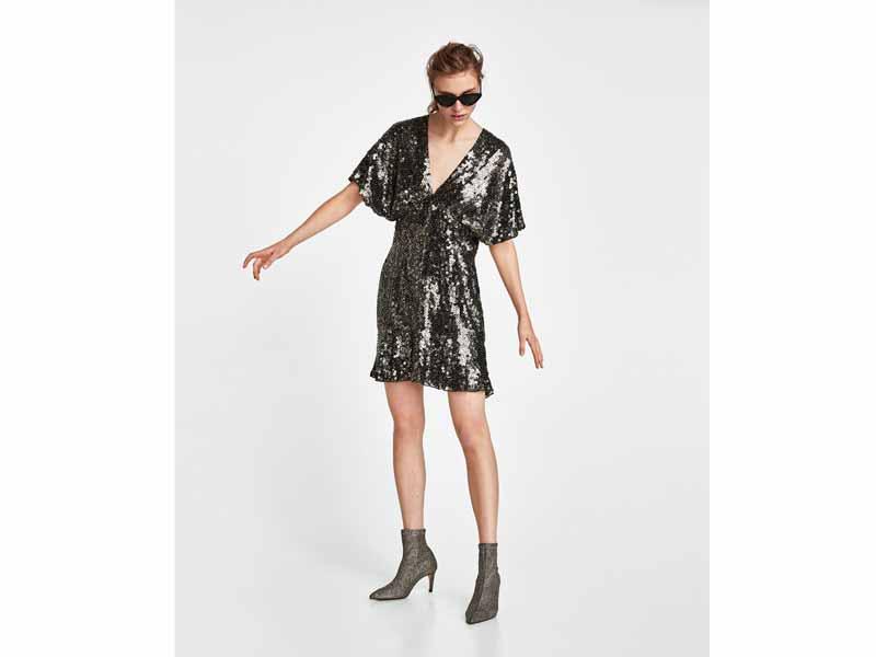3ff57fdaf فستان مزدان بالترتر البراق، من زارا في مول الإمارات ومراكز سيتي سنتر للتسوق