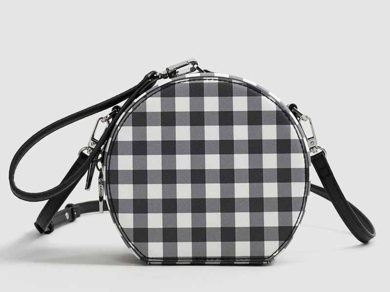 Gingham bag by Mango, available at Mall of the Emirates and City Centres