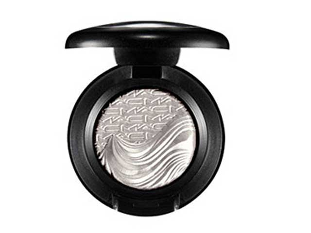 MAC's Silver Sun Extra Dimension Eye Shadow